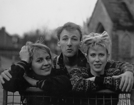 Hazel O'Connor Clare Hirst - Sing Out Sister